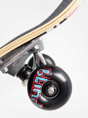 blind_skateboard_water3
